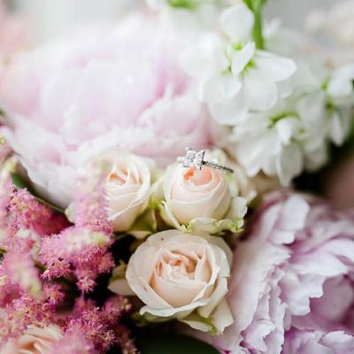 Décor floral mariage - picture by Lydia Stamps