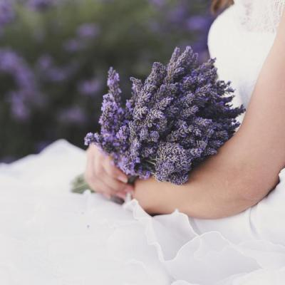 Mas de Provence mariage - shutterstock - Picture by Odrida